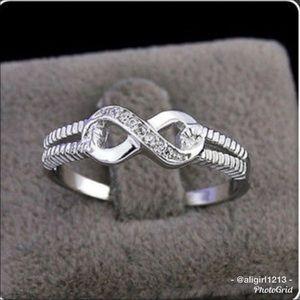 Jewelry - Infinity Ring
